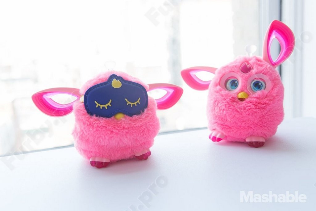 http://furby.pro/images/upload/FURBY%20CONNECT%20PINK27.jpg